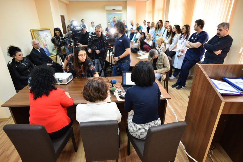 """Специалистите в УМБАЛ """"Св. Марина"""" отбелязаха Световния бъбречен ден"""