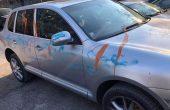 Вандал нашари автомобил във Варна