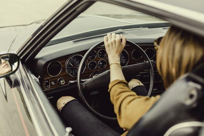 Варненките били по-стриктни шофьори от мъжете