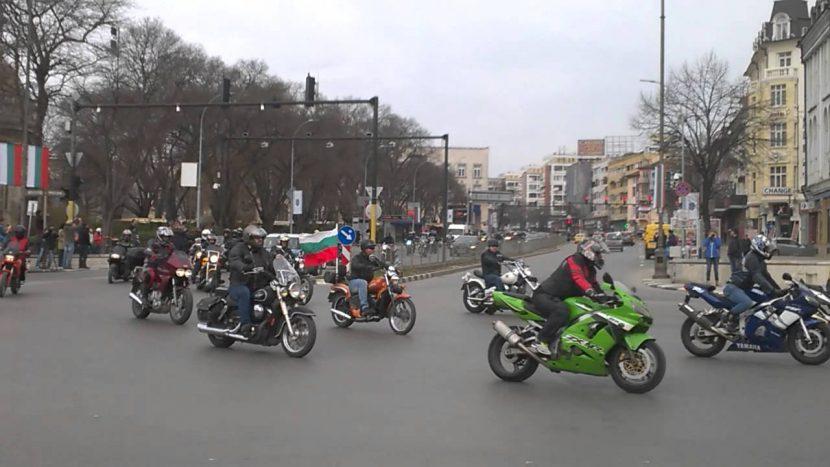 Мотошествие затваря булеварди и улици днес (маршрут)