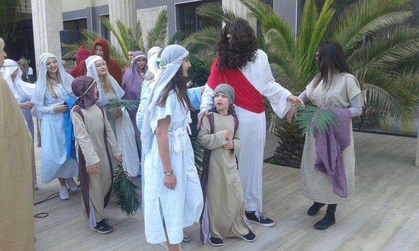 """Поставиха мюзикъл на тема """"Възкресение Христово"""" на връх Великден (видео)"""