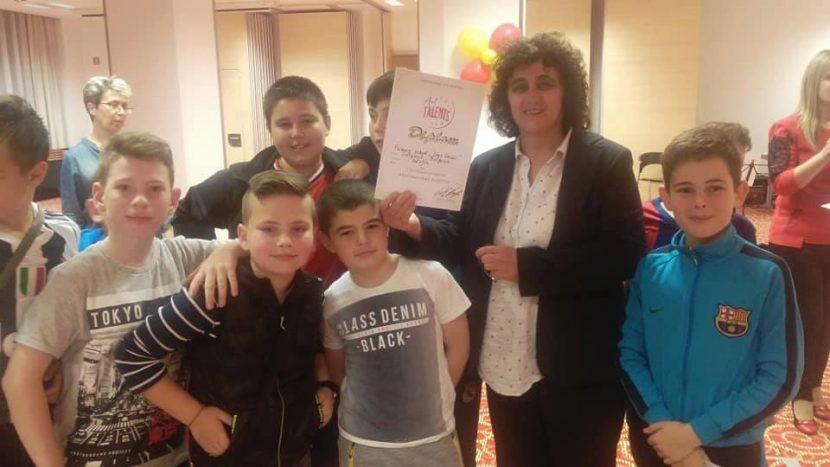 """С много призови места се върнаха възпитаниците на НУ """"Иван Вазов"""" – Дългопол от Словения"""