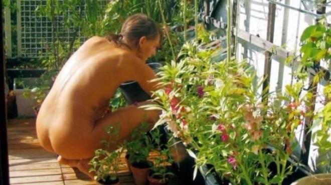 6 май – Световен ден на голото градинарство (снимки)