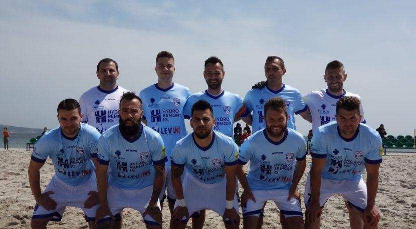 МФК Спартак замина с 11 играчи за Шампионската лига по плажен футбол в Португалия