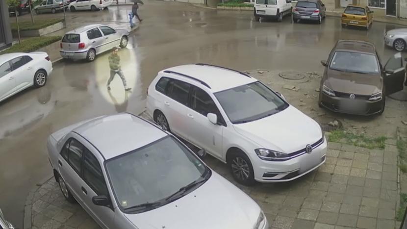 Варненската полиция разпространи видео, моли за помощ!