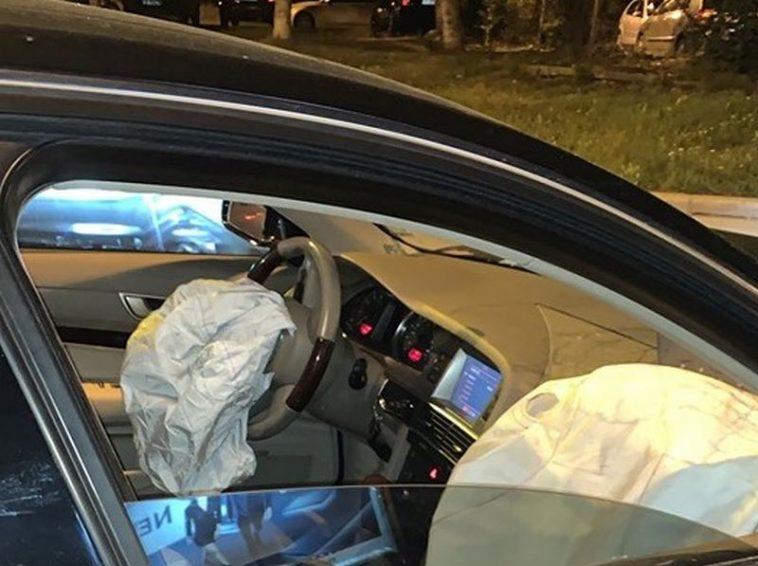 Пиян мъж помля няколко автомобила (снимки)