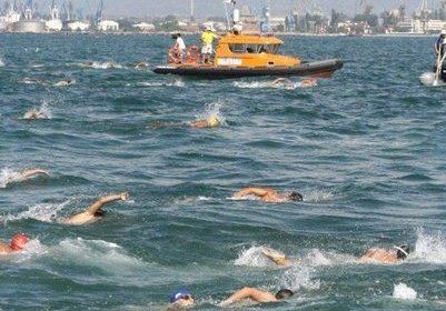 Броени дни до плувния маратон Галата-Варна, победителите делят награден фонд от 6800лв