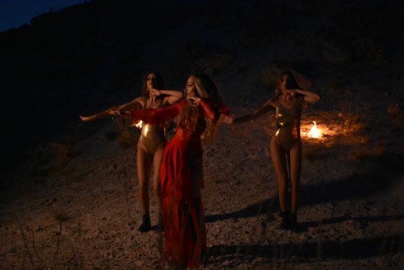 Дара Екимова с нова песен, клипа сниман край Варна (видео)