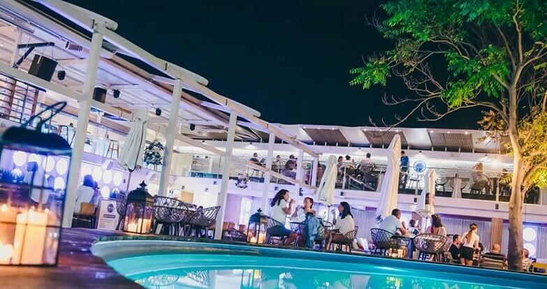Това лято варненци предпочитат ресторантите пред дискотеките