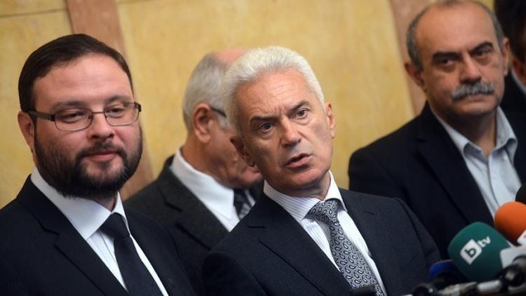 Изключиха Сидеров, Чуколов и Шопов от парламентарната група на ОП