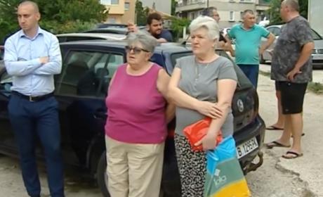 """Протест срещу строителството на частен имот на ул.""""Роза"""" във Варна"""