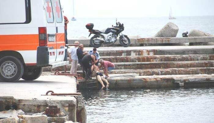 14 годишно момиче изчезна в морето край Първа буна