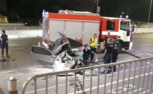 Трима с опасност за живота, шофьора е преминал с над 200 км./ч.