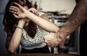 Брутална агресия във Варна! Мъж преби приятелката си