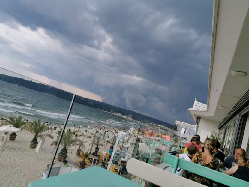 Буря идва към Варна