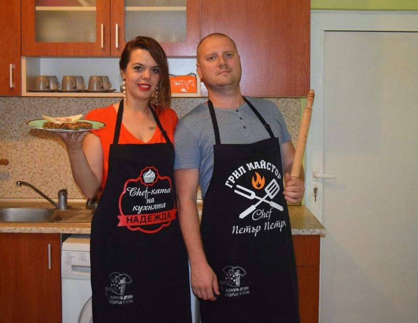 Варненската журналистка Надежда Георгиева и Петър Петров отправят призив към хората да водят по-здравословен живот