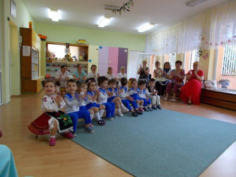 Утре отварят яслите и детските градини