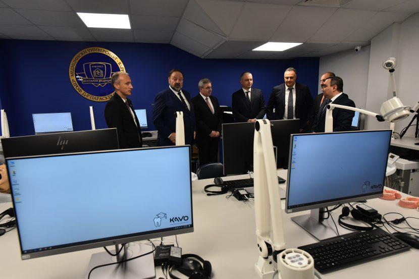 МУ-Варна откри модерни зали за симулационно обучение по дентална медицина