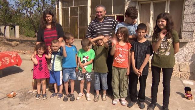 Едно необикновено българско семейство (видео)