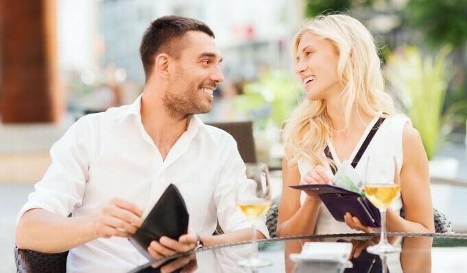 Варненка във фейсбук: мъжете трябва да ни плащат сметките до живот