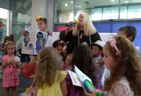 """7-годишна филипинка грабна титлата """"Мини Мис"""" Варна 2019"""