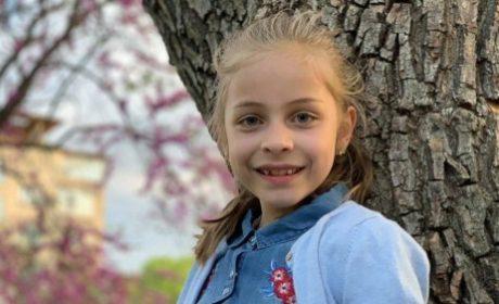 Как 8-годишно момиче от Варна започна да пише приказки и вдъхнови други след себе си?
