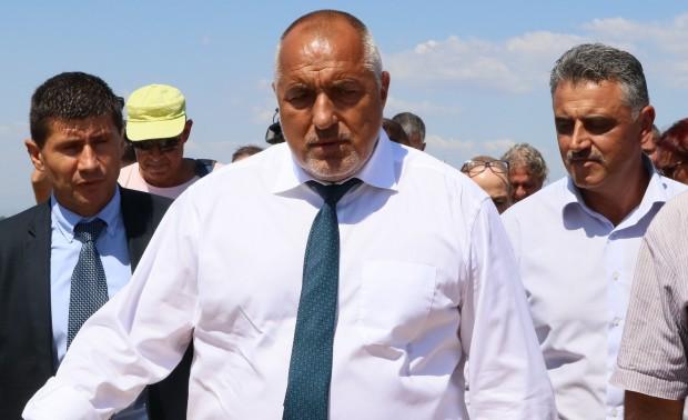 Бойко Борисов: : Поздравявам всички българи за големия празник!