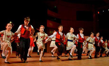 Българският фолклор е най-предпочитан от децата за обучение през свободното време