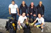 Военни водолази отново извадиха много гуми от морето край Варна