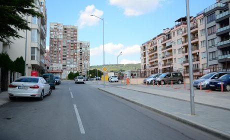 """Създават безопасен марштут за пешеходците на ул. """"Ана Феликсова"""""""