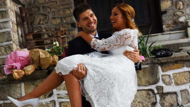 """18 двойки си казаха заветното """"Да"""" на 19.9.19 г. във Варна (снимки)"""