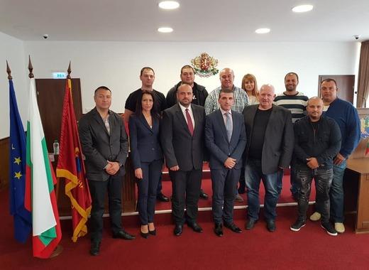 Донка Йорданова сяда временно на кметския стол в Девня