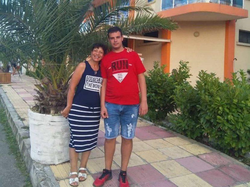 Родители откриха сина си мъртъв след собствено разследване