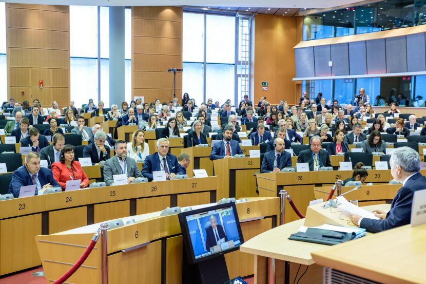 Емил Радев (ЕНП/ГЕРБ) към Дидие Рейндерс: Ще предложите ли общоевропейска стратегия за борба с корупцията?