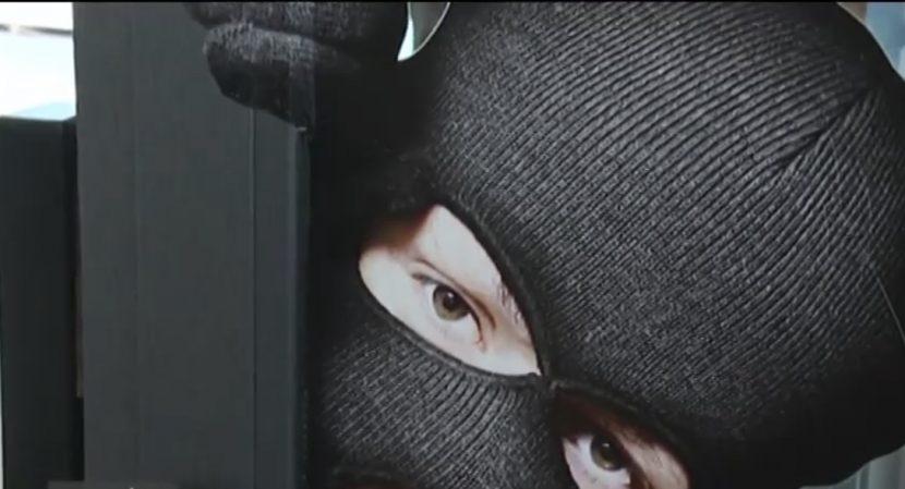 Крадци проникват в дома ни, благодарение на собствения ни ключ (видео)
