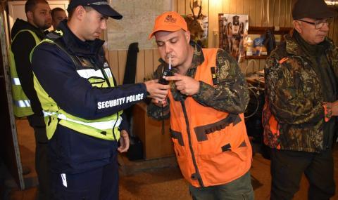 Вижте как МВР инструктира ловците