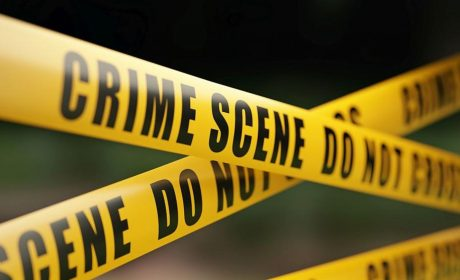 Мъж с нож нападна хора край търговски център (видео+снимки)
