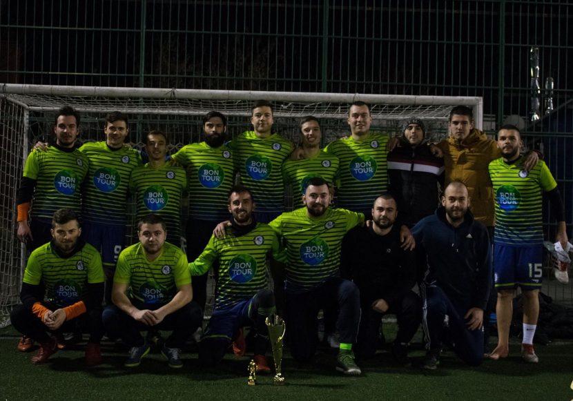 Порто поведе в класирането на Premier лигата от АМФЛ-Варна