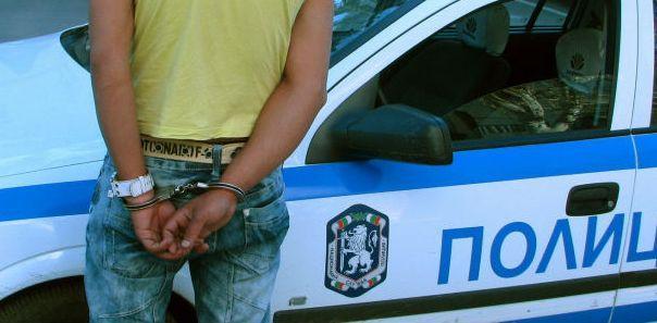 Задържаха дрогиран водач в Провадия