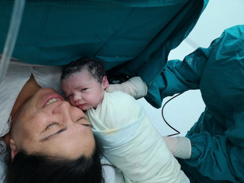 52-годишна варненка роди здраво бебе