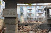 Разрушиха къщата на Йордан Йовков във Варна (снимки)