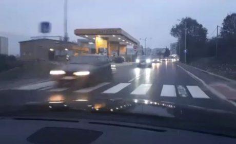 """Кметът показа ремонтирания бул. """"Св. Елена"""" във """"Владиславово"""" (видео)"""