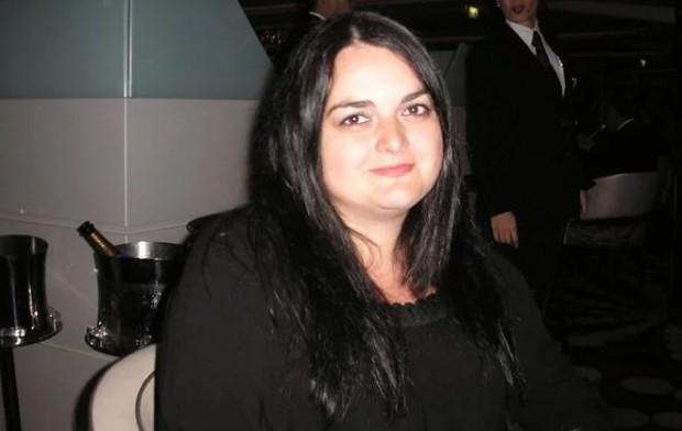 Ето я банкерката, дала 1 милион на виртуален любовник, с когото никога не се е виждала!