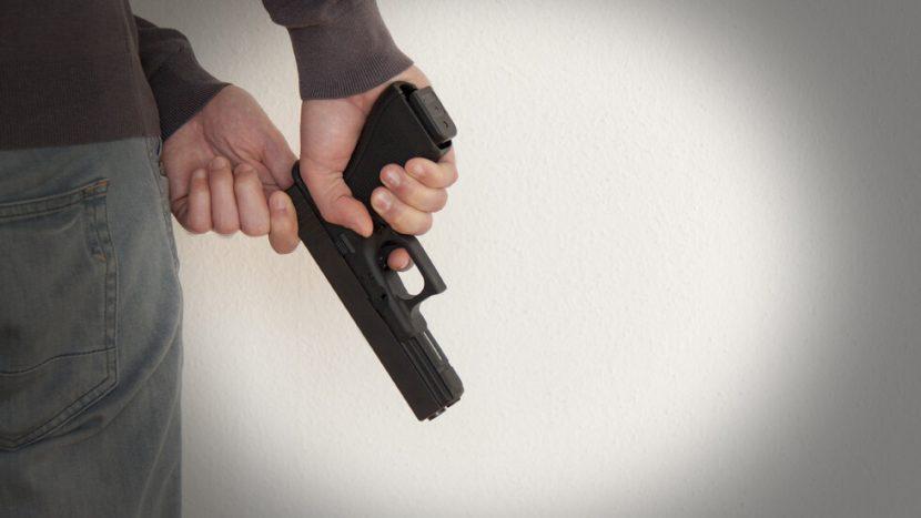 Варненец, застрелял брат си и снаха си, поиска да го освободят предсрочно