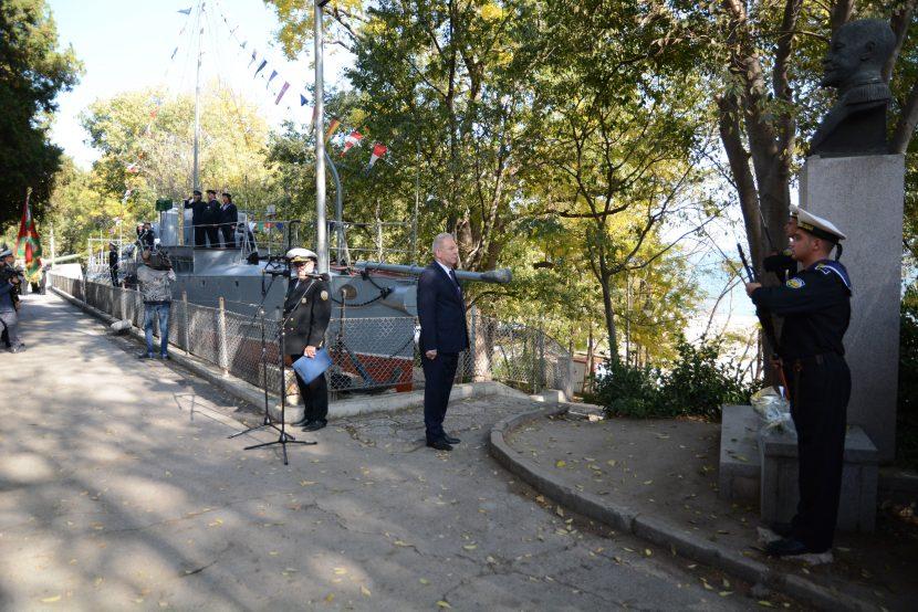 """Варна отбеляза 107 години от победата на миноносеца """"Дръзки"""" (снимки)"""