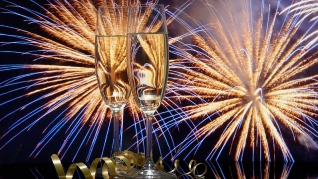 Заведенията във Варна в надпреварва с куверти за Нова година