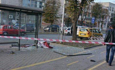 Момичето, блъснато на спирка във Варна, остава в критично състояние (ВИДЕО)