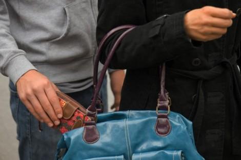 МВР Варна: Докато пазарувате чантите да бъдат притиснати плътно до тялото