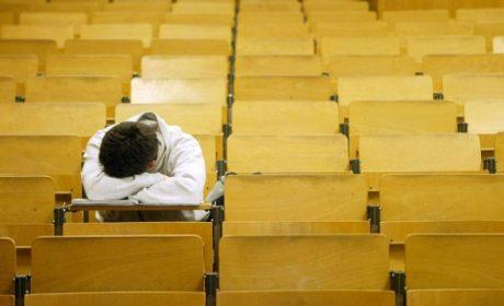 Писател: Училището убива емоцията на децата