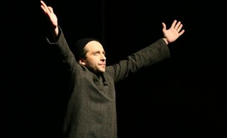 Мариус Куркински представя премиерно днес във Варна мега спектакъла си